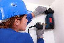 Cómo protegernos del polvo al perforar un techo