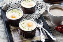 Cómo preparar huevos en cocoteras