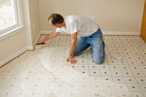 Cómo cuidar y limpiar los suelos vinílicos