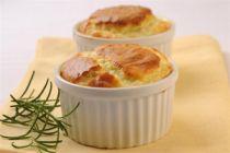 Cómo hacer soufflé de queso francés en el microondas