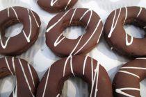 Cómo hacer donas o donuts de chocolate