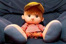 Cómo hacer un muñeco de fieltro
