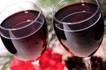 Cómo diferenciar un vino joven de uno viejo al degustarlo