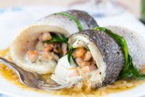 Cómo preparar un pescado redondo para rellenar