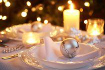 Cómo Decorar la Mesa de Año Nuevo en Blanco y Plateado