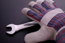 Cómo evitar accidentes en nuestras manos al usar herramientas
