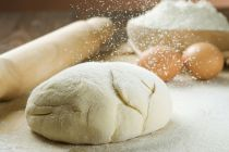 Cómo hacer masa de pan para modelar