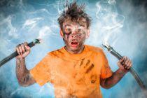 Cómo prevenir accidentes eléctricos en el hogar