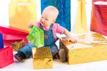 Cómo elegir regalos y juguetes para bebés