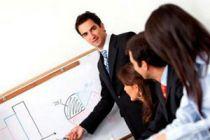 Cómo organizar una reunión formal