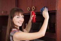 Cómo eliminar las manchas en muebles de madera