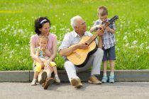 Cómo Entretener a un Anciano