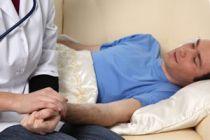 Cómo ayudar a un enfermo