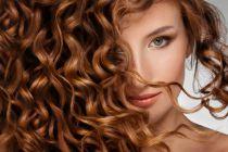 Cómo secar el cabello rizado sin dañarlo