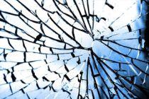 Cómo hacer vidrio falso