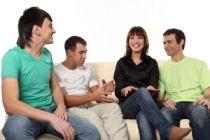 Cómo entrar en un nuevo grupo de amigos