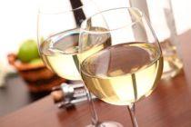 Cinco cócteles con vino blanco
