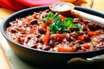 2 recetas para hacer chile casero. Cómo preparar chile en casa. Recetas de chile tradicional y vegetariano. Ingredientes para preparar chile