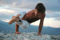 5 Posturas de Yoga para Hombres