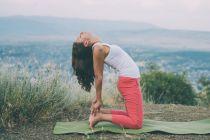 Posturas de Yoga para Aliviar la Gripe y Resfriados